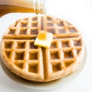 4-Ingredient Flourless Low Carb Waffles (Paleo, Gluten-free)