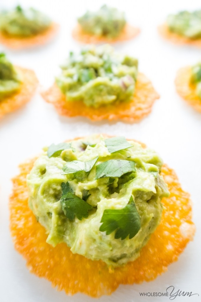 Cheddar Chips with Chipotle Copycat Guacamole (Low Carb, Gluten-free) - This recipe combines crispy cheddar cheese chips with infamous Chipotle copycat guacamole, for a perfect quick and easy cold appetizer.