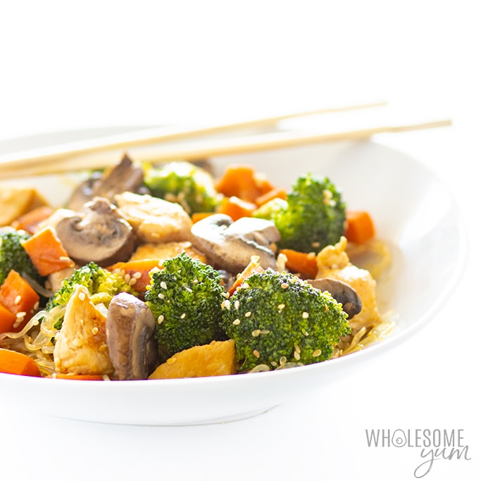 asian kelp noodles with veggies in a bowl