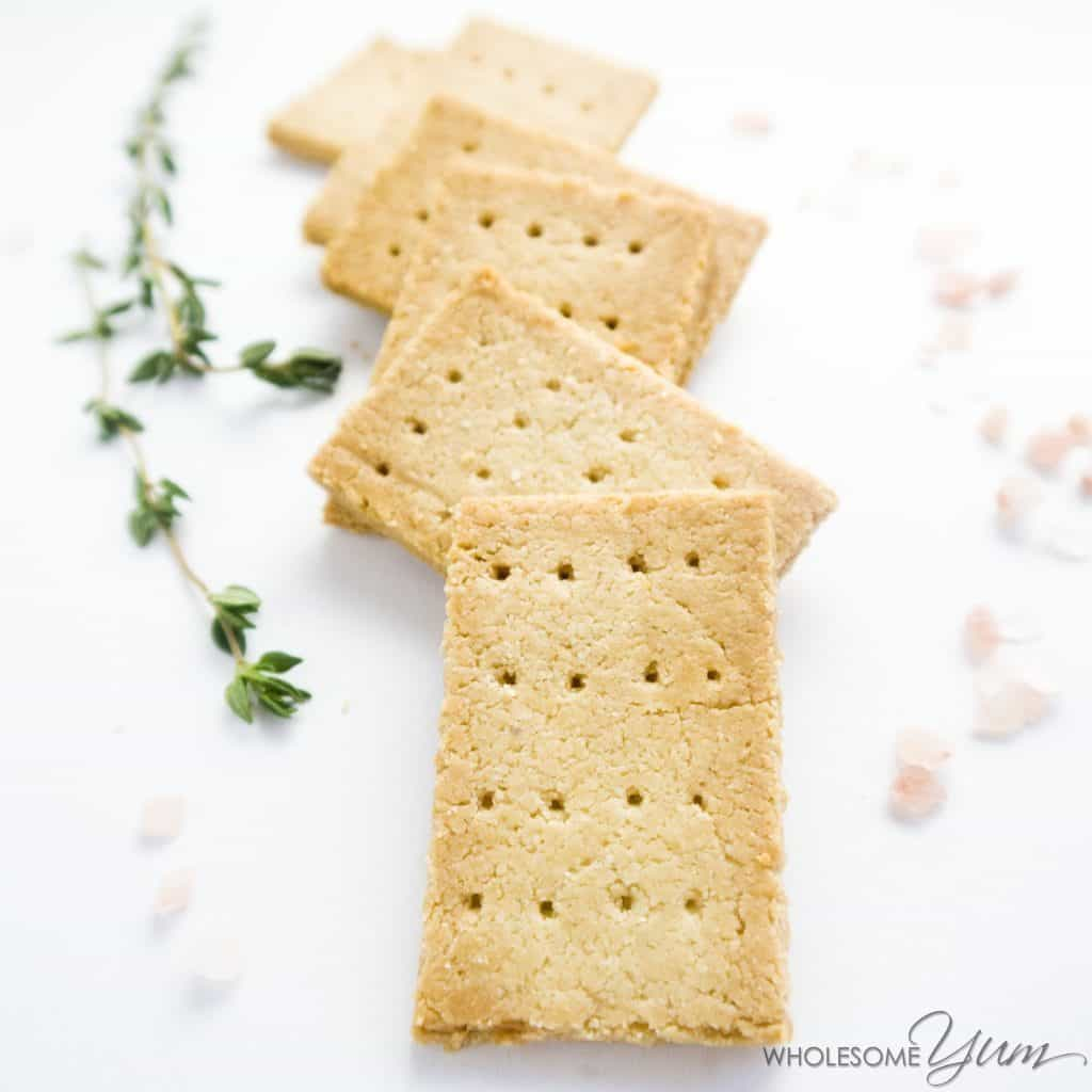 keto paleo low carb crackers recipe with almond flour 3 ingredients