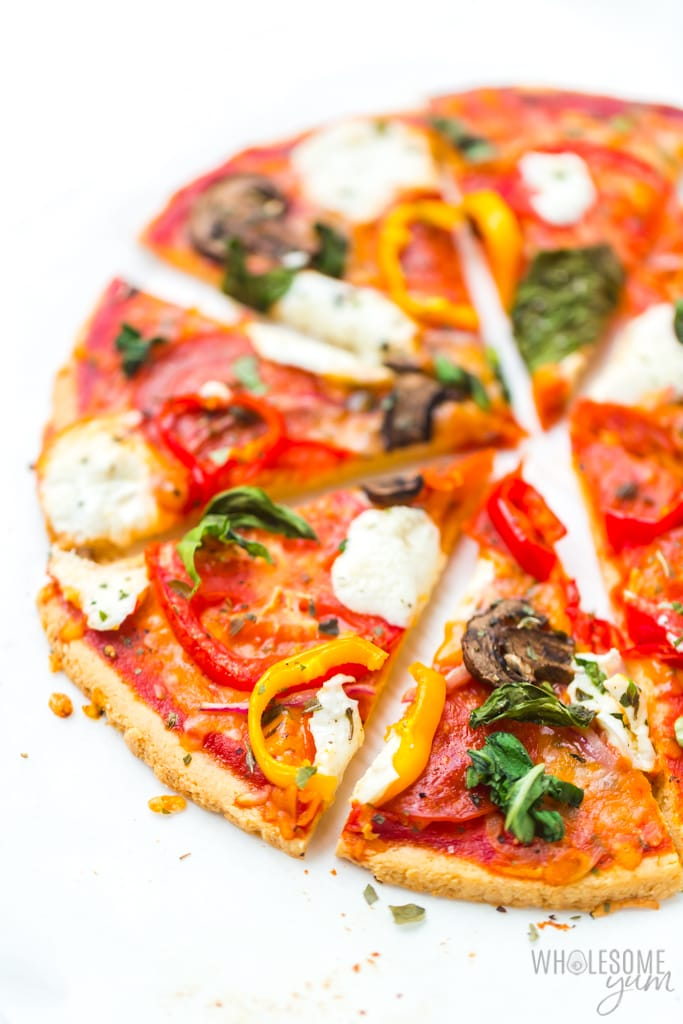 paleo pizza crust with toppings
