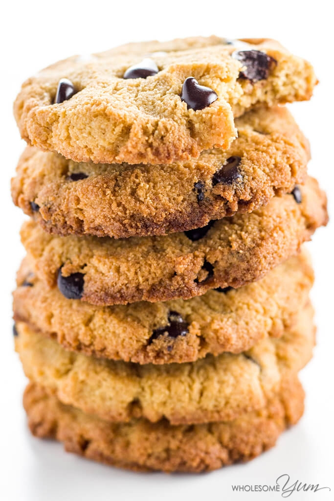 Paleo Low Carb Chocolate Chip Cookie