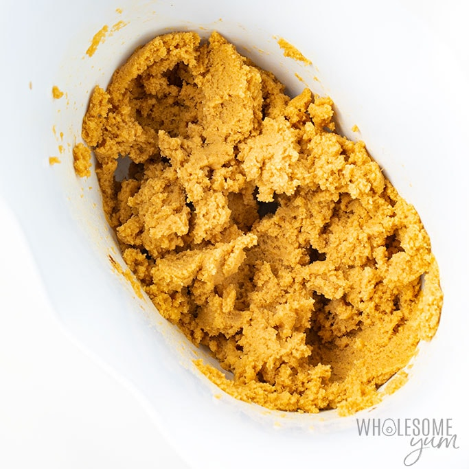 The best keto chocolate chip cookie dough