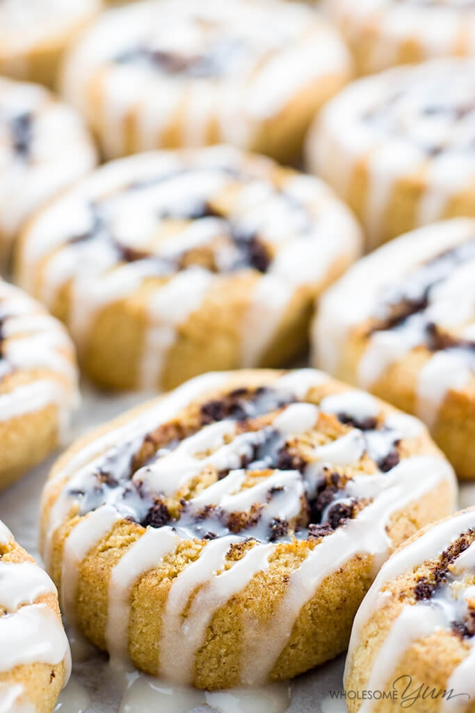 Healthy Cinnamon Rolls (Paleo, Low Carb, Gluten-free, Sugar-free)