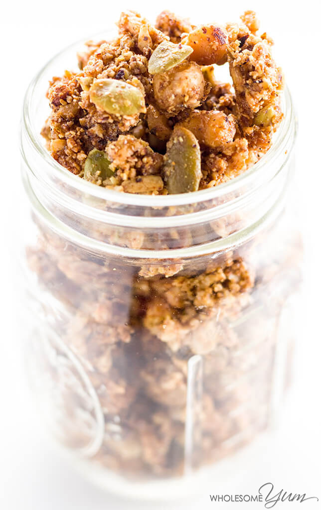 Keto Paleo Low Carb Granola Cereal Recipe - Sugar Free - This paleo low carb granola recipe takes just 10 minutes of prep for a big batch. It's super easy and stores well in the pantry. Enjoy this crunchy, sugar-free keto cereal with almond milk!