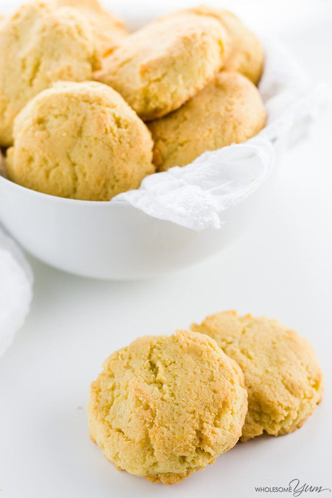 This paleo almond flour biscuits recipe requires just 4 common ingredients and 10 minutes prep time! Low carb, gluten-free, and buttery delicious.