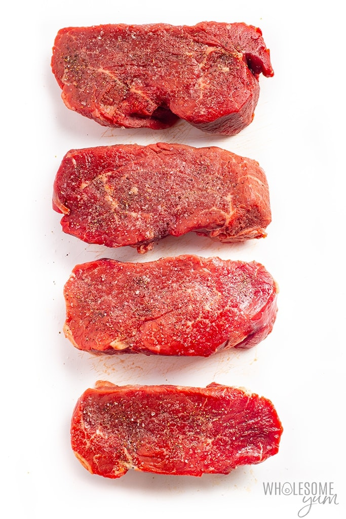 Seasoned filet mignon with salt and pepper