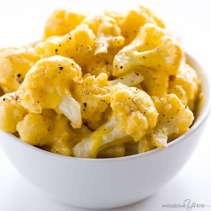 Cauliflower Mac and Cheese - 5 Ingredients (Low Carb, Keto, Gluten-free) - This healthy, low carb cauliflower mac and cheese recipe is made with just 5 common ingredients. Only 5 minutes prep time!