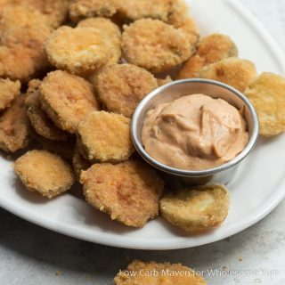 Easy Fried Pickles Recipe – 5 Ingredients (Low Carb, Gluten-free)