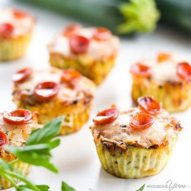 This low carb baked zucchini pizza bites recipe is so easy to make. They are perfectly portable healthy snacks, appetizers, even breakfast or lunch. Detail: zucchini-pizza-bites-recipe-low-carb-gluten-free-img-4407