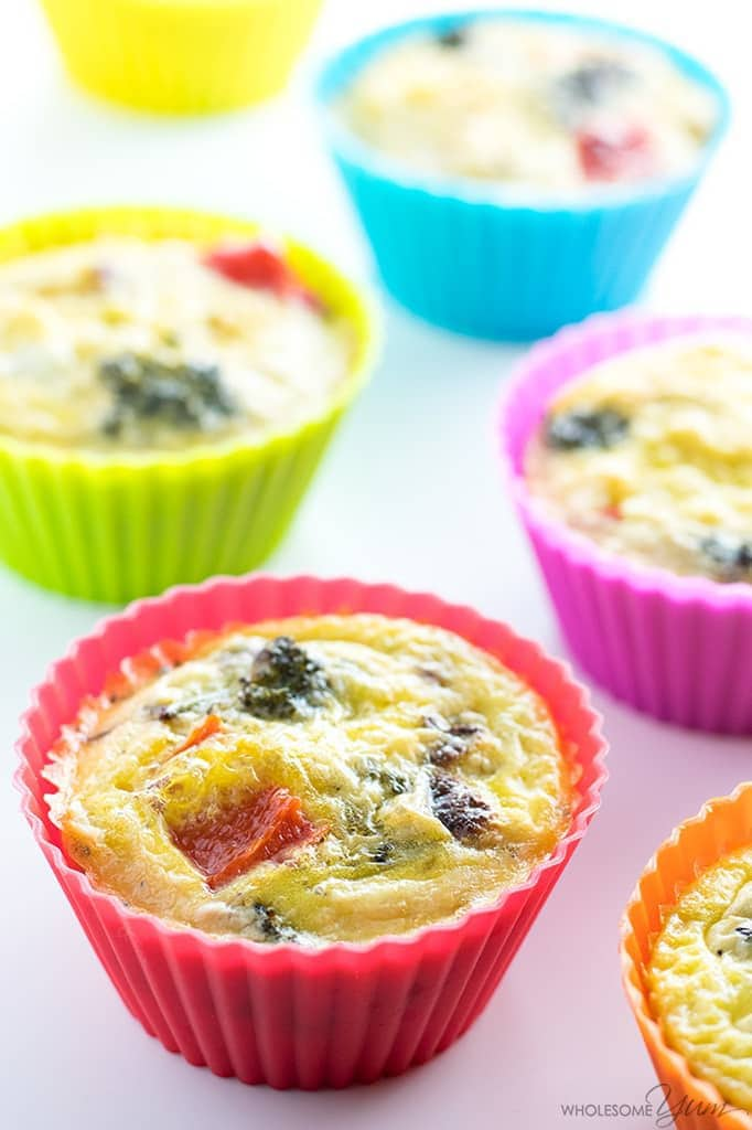 Egg Muffin Cups Recipe (Paleo Breakfast Egg Muffins) - Healthy egg muffin cups are the perfect grab-and-go breakfast or snack. This method makes the best low carb, paleo breakfast egg muffins recipe ever!