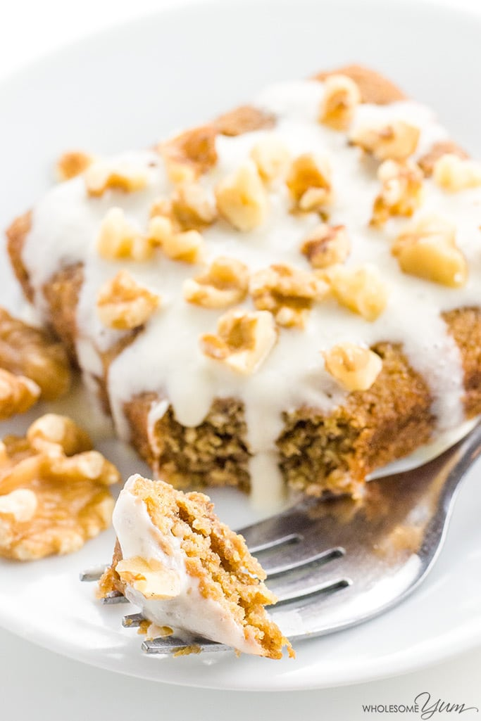 Banana Poke Cake Recipe in 2 Minutes (Low Carb, Gluten-free) - This instant banana poke cake recipe is ready in 2 minutes! A low carb, gluten-free banana nut cake with banana cream & walnut topping.