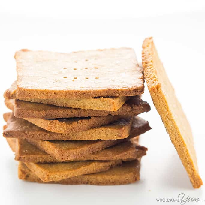 Sugar-Free Gluten-Free Graham Crackers Recipe - These homemade sugar-free gluten-free graham crackers with almond flour are quick and easy. Delicious as a snack or to make s'mores!