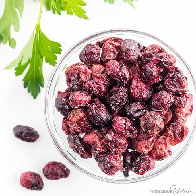 How To Make Dried Cranberries - No Sugar Recipe - An easy recipe for how to make dried cranberries - no sugar required! You can dry cranberries in the oven yourself with just a few ingredients. Detail: sugar-free-dried-cranberries-3
