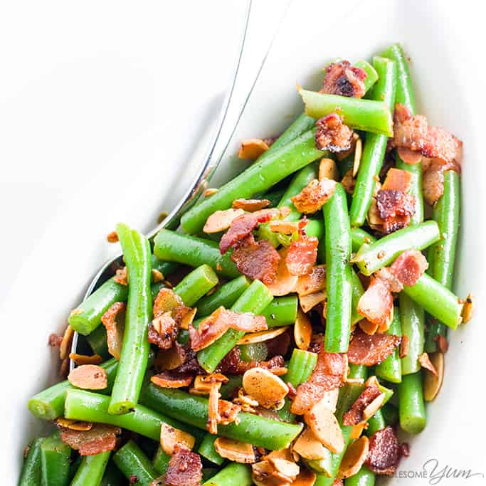 Pan Fried Green Beans Almondine Recipe with Bacon and Garlic - Want to know how to cook fresh green beans in the most delicious way ever? Try pan fried green beans almondine with bacon and garlic. Just 6 ingredients! Detail: pan-fried-green-beans-almondine-recipe-with-bacon-garlic-1