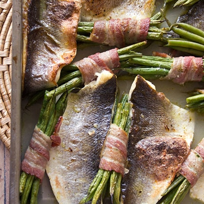 Delicious Easy Low Carb Meals - Recipes & Meal Ideas - Roast Sea Bass Traybake