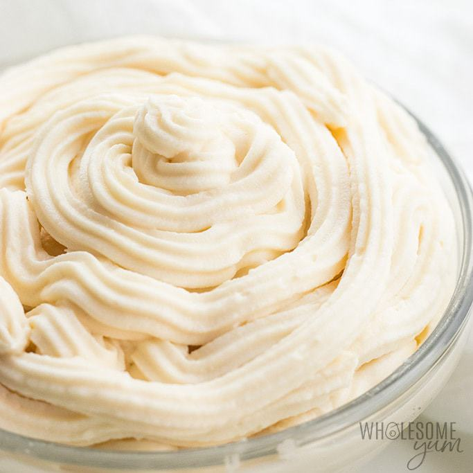 Low Carb Keto Cream Cheese Frosting without Powdered Sugar - Do you know how to make cream cheese frosting without powdered sugar? It's so easy! This delicious, low carb keto cream cheese frosting has just 5 ingredients.