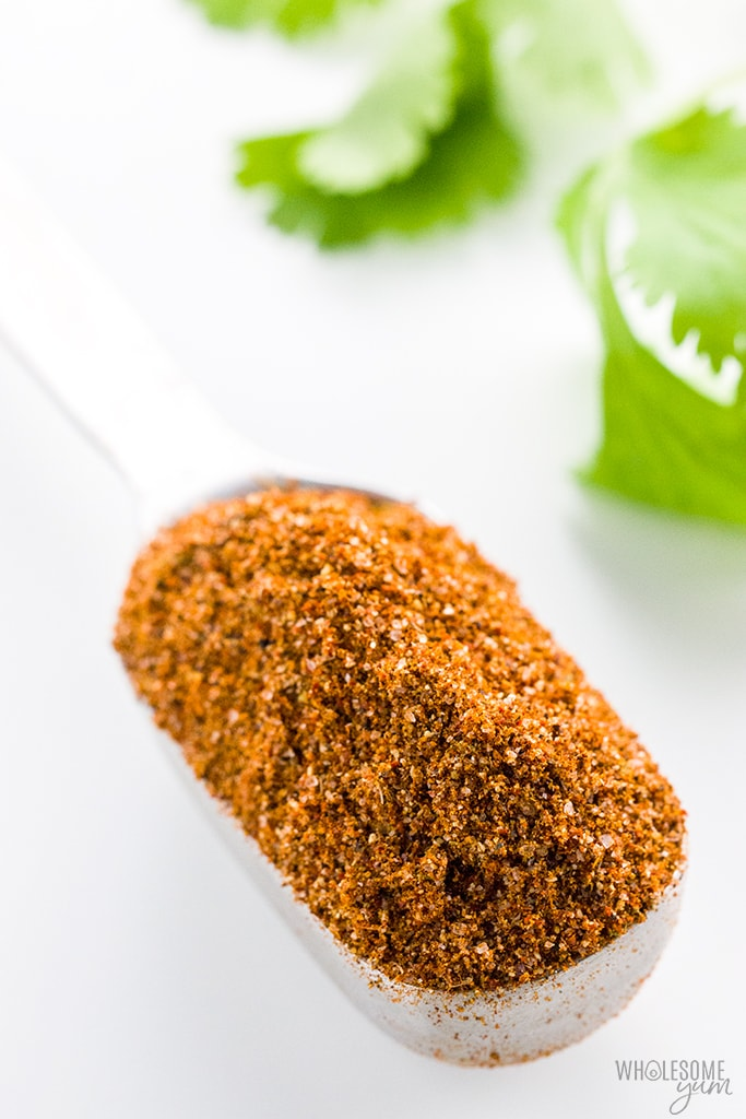 Gluten-Free Keto Low Carb Taco Seasoning Recipe - An easy 5-minute recipe for how to make homemade gluten-free taco seasoning mix! This keto low carb taco seasoning recipe uses simple ingredients you can find at any store.