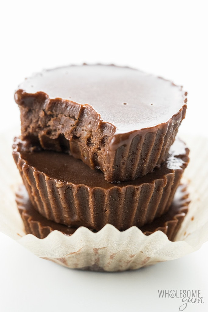Keto Fat Bomb Recipe: Easy Chocolate Fat Bombs with Coconut Oil
