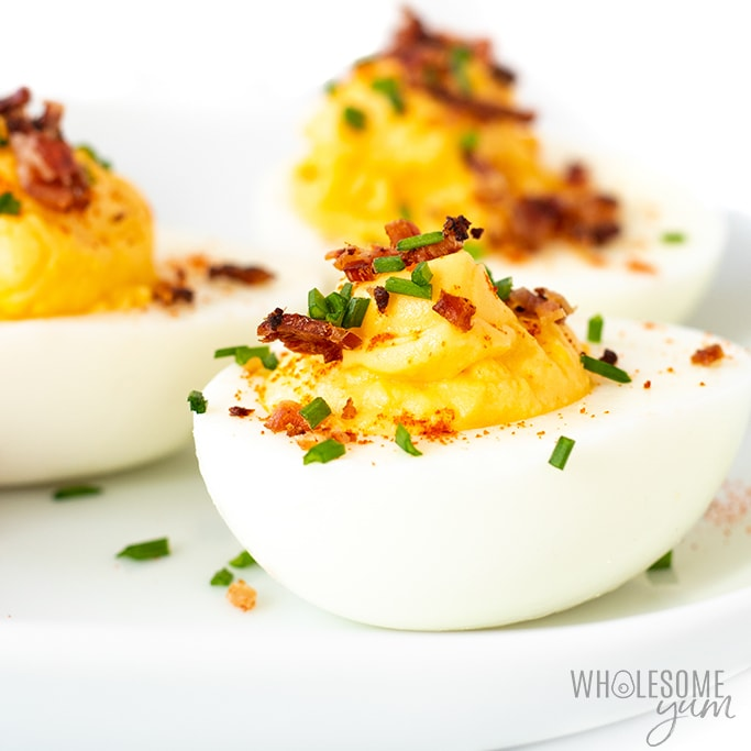 close up of keto deviled eggs