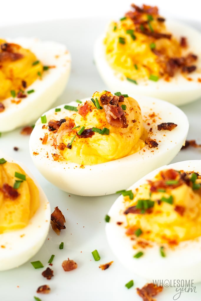 deviled eggs with bacon
