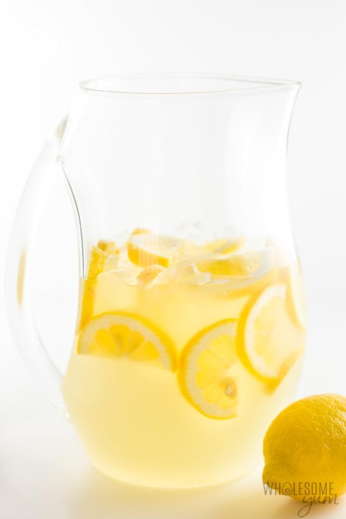 Healthy Sugar-Free Lemonade Recipe - 3 Ingredients - The easiest sugar-free lemonade