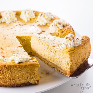 Easy Low Carb Keto Pumpkin Cheesecake Recipe - An unbelievably smooth, decant keto pumpkin cheesecake! This easy low carb pumpkin cheesecake recipe just might become your favorite low carb pumpkin dessert ever. Detail: low-carb-keto-pumpkin-cheesecake-recipe-7