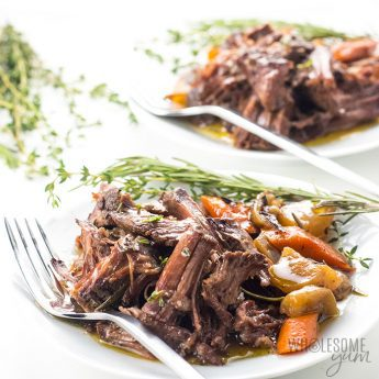 Keto Low Carb Pot Roast Slow Cooker Recipe - The BEST slow cooker pot roast! Includes how to choose the cut of meat for pot roast, prep tips, freezing pot roast, & an easy pot roast slow cooker recipe. And, this is a keto low carb pot roast, too.