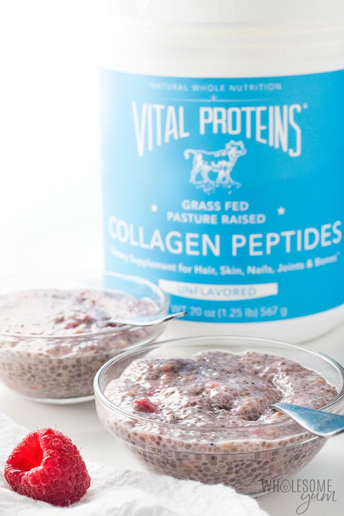 Raspberry Low Carb Keto Chia Pudding Recipe - Easy keto chia pudding in 5 minutes - just 6 ingredients! Overnight raspberry chia pudding with almond milk is so much better than plain low carb chia pudding.