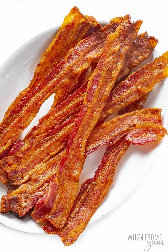 Crispy oven bacon on a plate