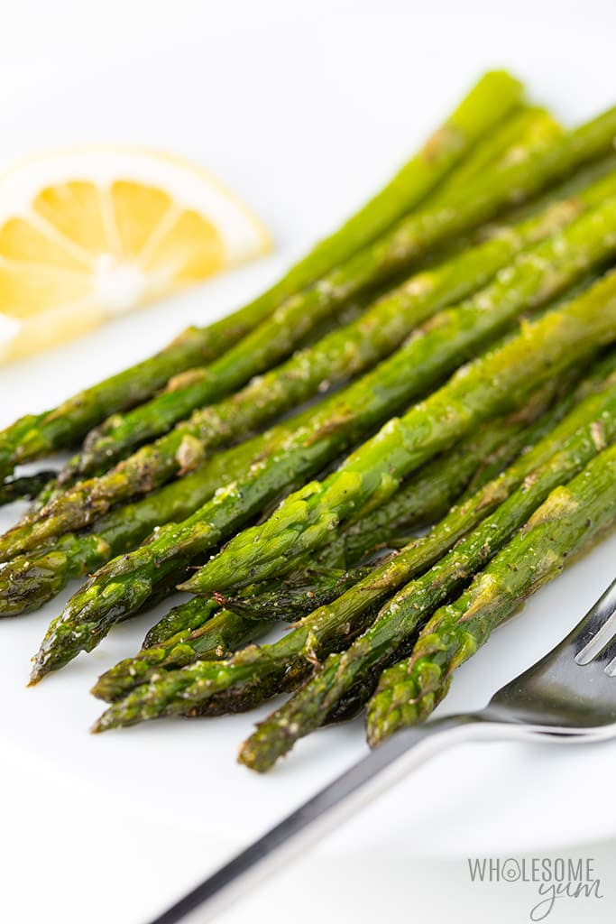 How To Cook Asparagus In The Oven - side view