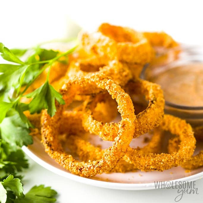 Air Fryer Keto Onion Rings Recipe - onion rings on plate, side view