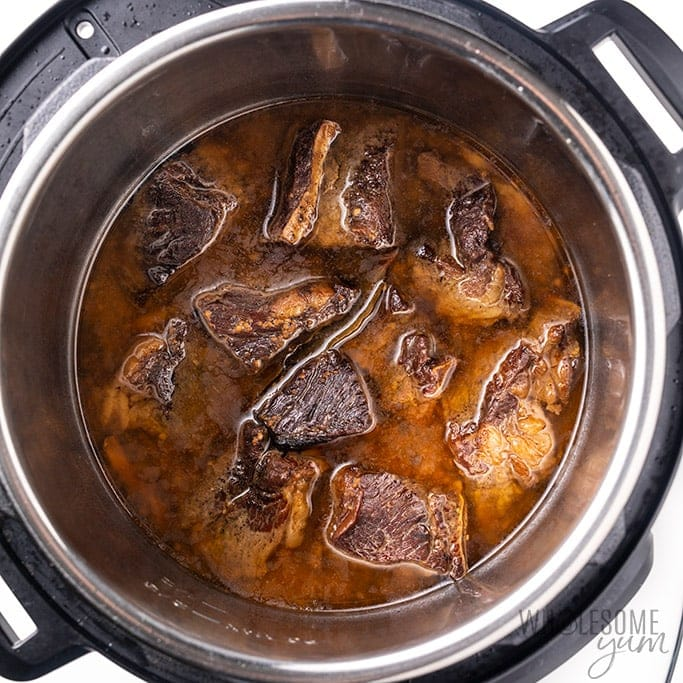 instant pot short ribs recipe in the pressure cooker