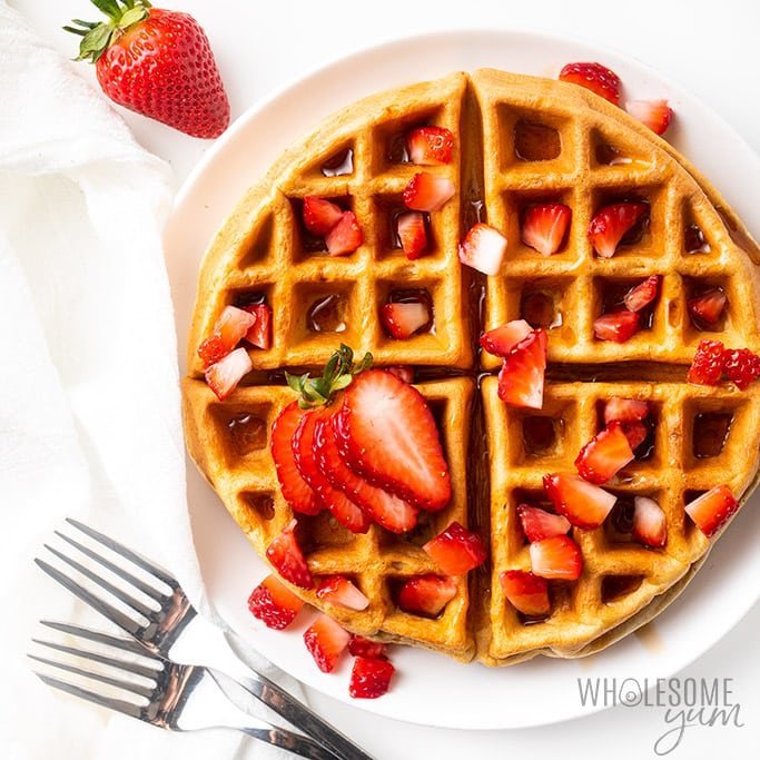 low carb waffles recipe overhead with forks