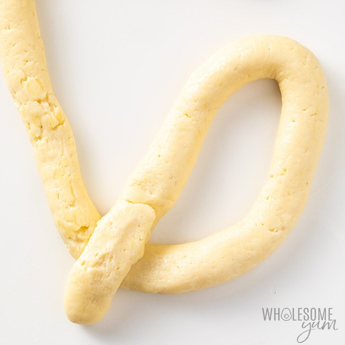How to form gluten-free soft pretzels
