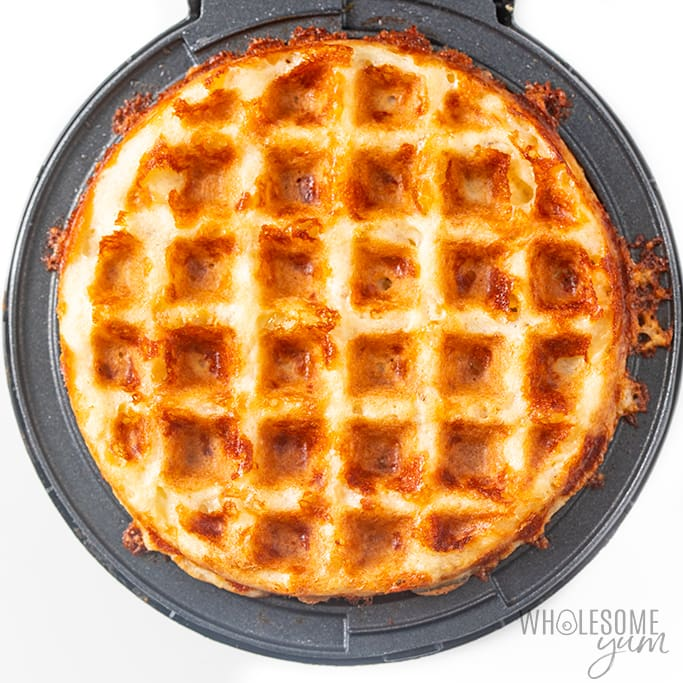 how to make chaffles with waffle iron