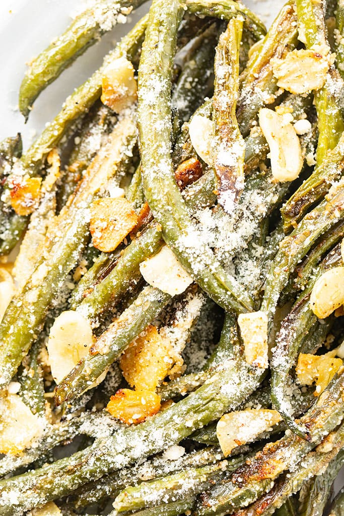 close up of oven roasted green beans