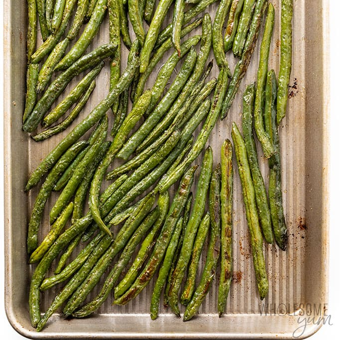 roasted green beans from the oven