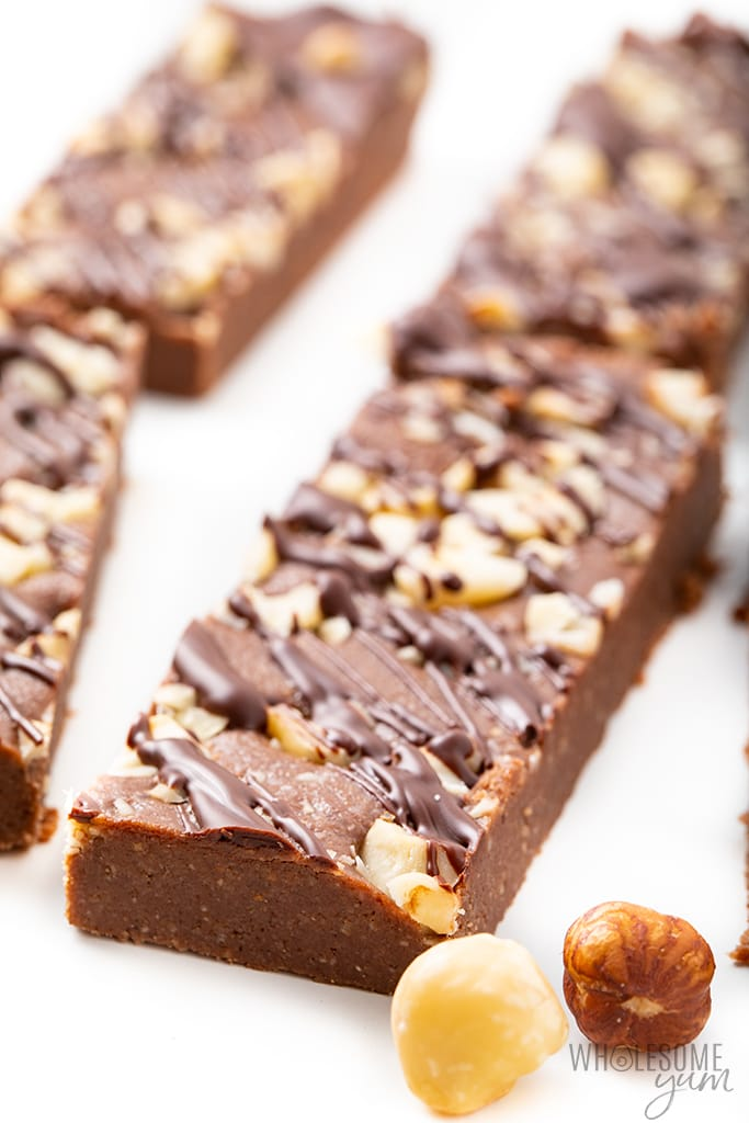 keto protein bars recipe with chocolate and hazelnuts
