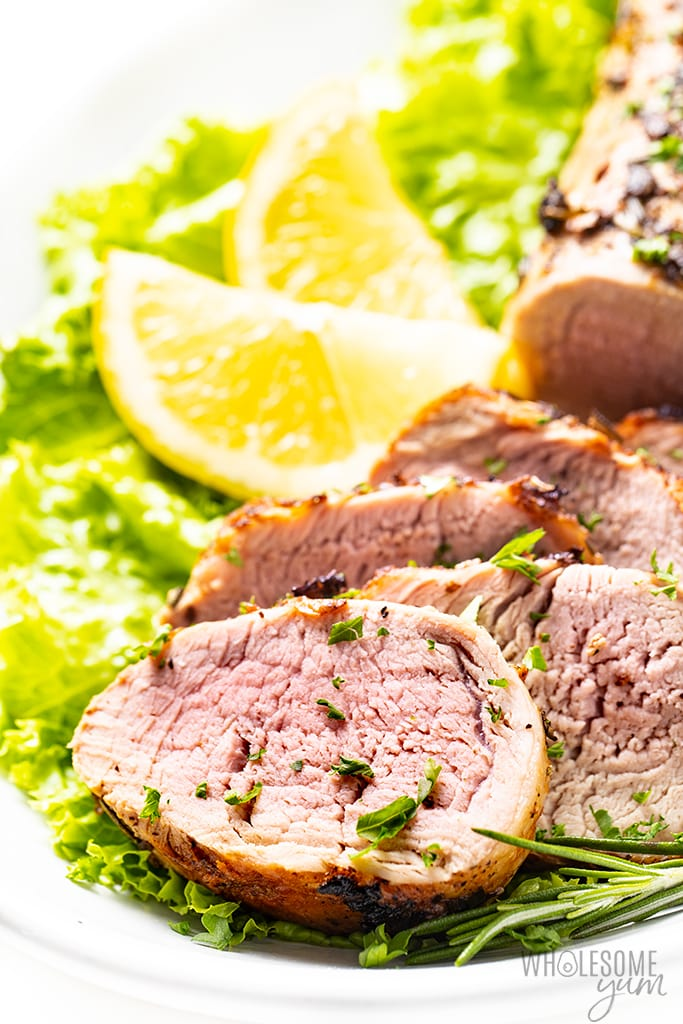 rosemary pork tenderloin slices