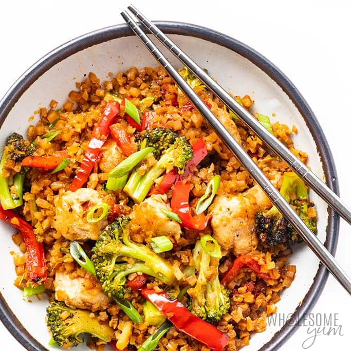 Low Carb Keto Chicken Stir Fry With Cauliflower Rice Wholesome Yum