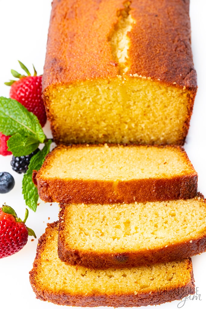 How to cut pound cake