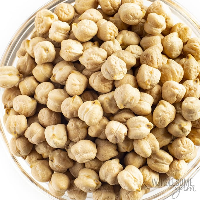 Are garbanzo beans keto? No, the garbanzo beans pictured here are not keto.