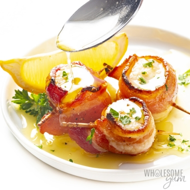 Bacon wrapped scallops recipe with lemon butter sauce