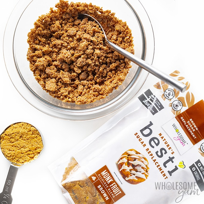 Struesel topping for keto cinnamon muffins with a bag of Besti brown