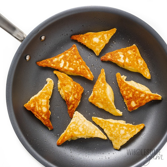Cooked low carb crab rangoon in a pan