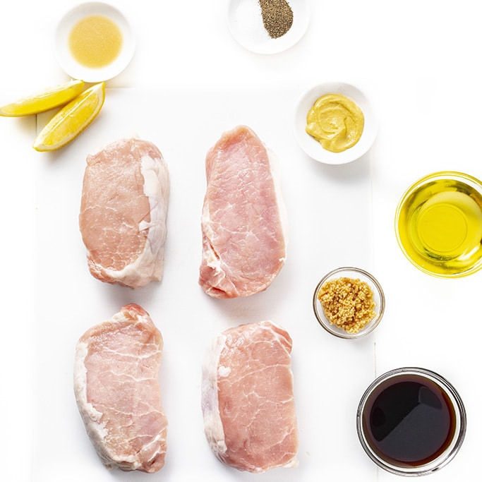 Ingredients to make pork chops in the oven