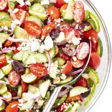 Easy Greek Salad Web Story