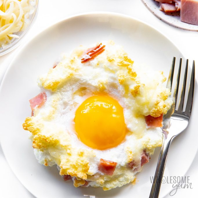 Cloud eggs with ham and swiss