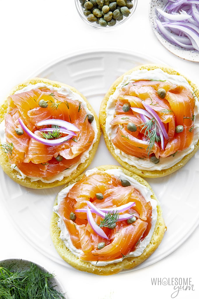 Lox and bagels on a plate